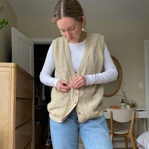Vintage V Neck Sweater Vest - Medium